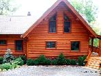 Large Cabin w/ VIEWS*Firepit*Hot Tub*Pool Table