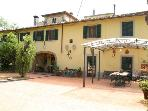 Villa heated pool, jacuzzi, 12 miles from Florence