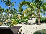 1 BR condo under coconut trees on nettle bay beach