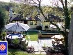 Honey Cottage - Log burner, hot tub & tree house