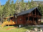 Smiley Wolf Cabin - Magical place near Golden, British Columbia