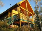 Muktuk Adventures - Bed & Breakfast / Guest Ranch
