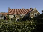 Baxby Manor-sleeps 10 in 1300&#39;s medieval luxury!