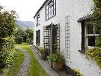 Puddle Duck Cottage, log fire, village nr Keswick