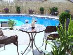 2 Bed Carriage Hse with Pool and mins to beach C$700.00 pw June Special