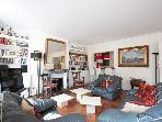 Marais District - Spacious 1200 sq ft Apartment