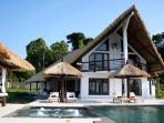 Villa Lagu - Luxury villa with pool &amp; jacuzzi