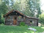 Historical 2 bedroom log cabin in Wells Gray Park