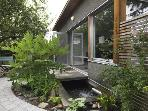 600 sq ft Cottage, Private Patio, Garden and Pond