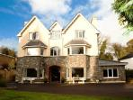 Luxury house 5-10 mins walk Killarney town centre