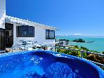 Ocean Dreaming- 4 bedrooms and MAGICAL VIEWS...