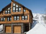 FREE SNOW VAN Niseko Ski Chalet - on the Mountain