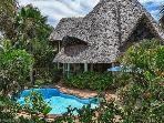 Great luxury villa with guesthouse, pool & cook