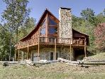 BEAVER`S MOUNTAIN ESCAPE*2 BEDROOM, 2 BATHROOM-MOUNTAIN VIEW-WIFI-PET FRIENDLY-GAS GRILL-FIRE PIT-ONLY $125/NIGHT