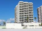 Feel Daytona - Beach Dream Condo in Daytona Beach
