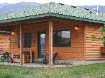 Luxurious Cabin on Yellowstone River next to Park