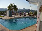 Iznajar - Beautiful Andalucian 1 Bedroom Bungalow