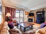 Highland Greens 80 4BR Pet-Friendly Views Shuttle Breckenridge Lodging