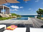 New Modern Beachfront Villa, 180 Views, Pool, 3BR