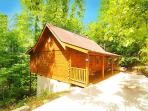 1 Bedroom 1 Bathroom Log Cabin near Pigeon Forge. Sleeps 4.