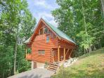 3 Bedroom Log Cabin in Brothers Cove. Sleeps 6. Pool Table. Hot Tub.