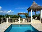 Luxury 1 bedroom Providenciales villa. A charming, intimate, beachfront, holiday cottage!