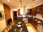 5Br, Sleeps12,Dc's Finest,Adams MorganWalk 2 Metro