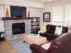 Outstanding 3 BR Condo by the Coral Canyon Golf Course! Stay and Play