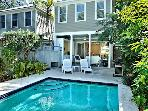 Island Oasis -Luxury, HEATED PRIVATE POOl/PARKING!