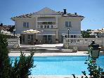 Magnificent accommodations. LAKE GENEVA.VIEW. POOL