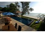 Akuvara - the ultimate luxury beachfront getaway !