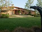 Wine Country Round House - 5BR, Views, Pool