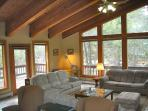 SquawLodge-Sleep 19 in Olympic Valley 3 Bed/3 Bath