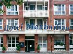 Serviced Apartment in Nuremberg - 495 sqft, great service, modern furnishings (# 1536) #1536