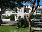 Cosy house in Estoril 1.6 km from the beach