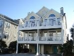 House of Quinn: 4 bedroom ocean view townhome