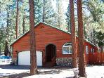 Adorable pet friendly home, 1mile to ski and beaches - HCH1054