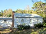 Comfortable Ranch Near Indian Neck Beach (1340)