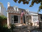 Cute Peninsula Point Cottage! Close to Beach! MONTHLY RENTAL ONLY! (68325)