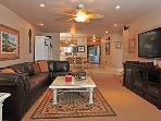 2 Bedroom, 2 Bathroom Vacation Rental in Solana Beach - (SONG8)
