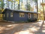 Charming & Private 3 bedroom home near Echo Lake