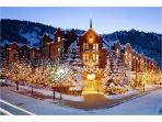 St. Regis Club 2 Bedroom 2 1/2 Bath-Aspen, CO.