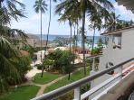 Beachfront Glitter Bay Suites 409 'The Penthouse'