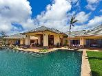 Ocean views Maui estate w/ golf course-
