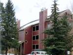 BRECKENRIDGE, 2 BDRM, PEAK 9 CONDO   (B201B)