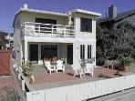 Charming Ocean Front Duplex, South Mission Beach