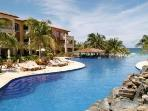 2 bedroom condo @ Infinity Bay in West Bay Roatan