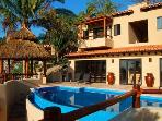 Casa Sweetwater - Exquisite Oceanview Villa, New!