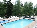 Right by Beaver Creek! Affordable Studio! Hot tub!