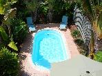 Fantatsic Pool Beach Home! 3 Blks to Bch! Sleeps 8